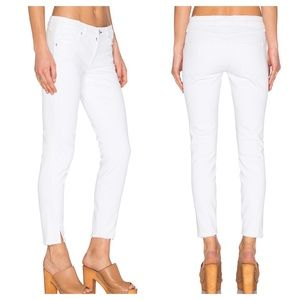 AMO Twist Sea Salt White Crop Jeans